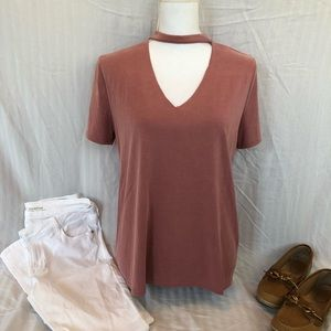 Like New Lavender Field V Neck cutout top!
